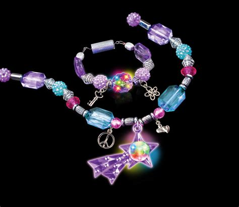Sparkle It Jewelry Makes Me Faint by Cra Z Shimmer N Sparkle Fashion Lights Jewelry Set