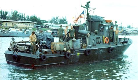 swift lake boat r pcf boats vietnam pictures to pin on pinterest pinsdaddy