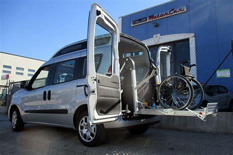 auto usate per disabili con pedana furgoni usati disabili furgoni allestiti con pedane per