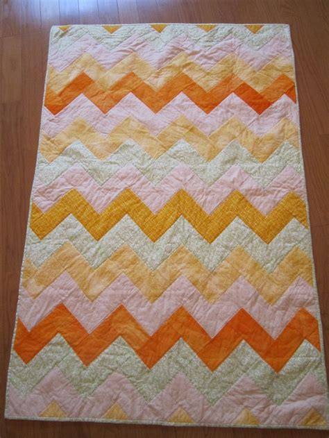 Chevron Baby Quilt Pattern Free by Chevron Baby Quilt