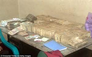 What Is Inside A Mattress by Indian Engineer Had 163 20m In Bribes Stuffed Inside