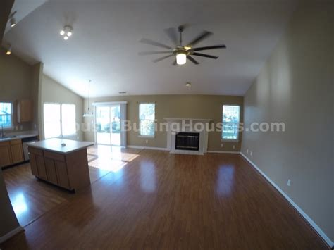 buy house indianapolis we buy houses indianapolis living room spouses buying houses