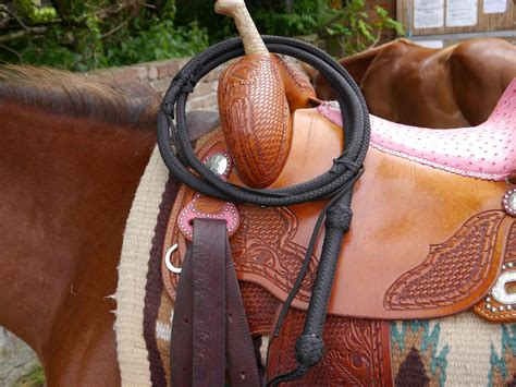 Handmade Bullwhips - handmade cowhide leather bullwhips and kangaroo leather 16