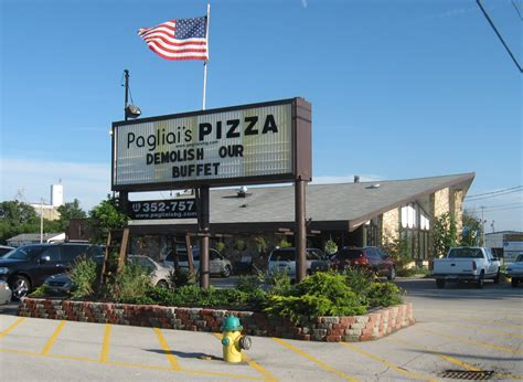 Pagliai S Pizza Another Food Critic Town Buffet Bowling Green Ohio