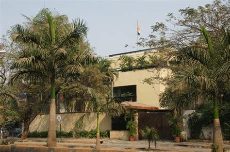 amitabh bachchan house amitabh bachchan house mumbai bungalow interior home design