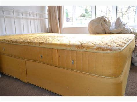 slumberland headboards king size slumberland divan bed with metal headboard