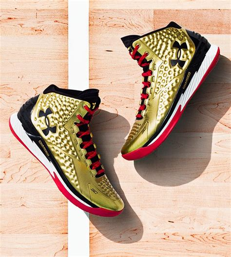 steph curry gold shoes charged up top 10 armour curry one colorways