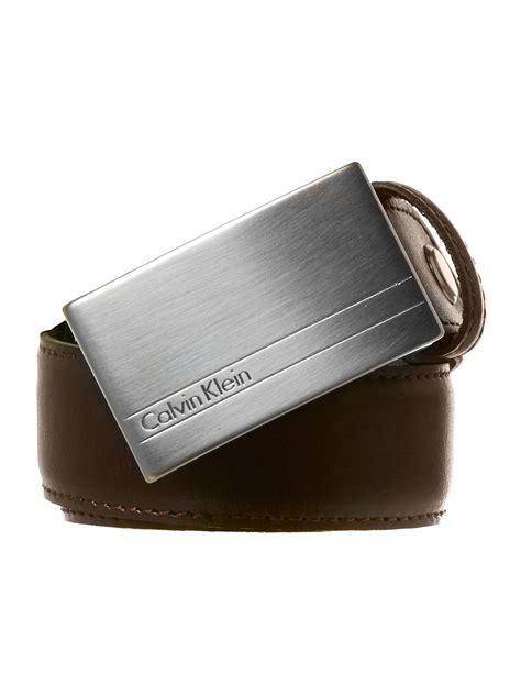 calvin klein jason plaque belt in brown for lyst