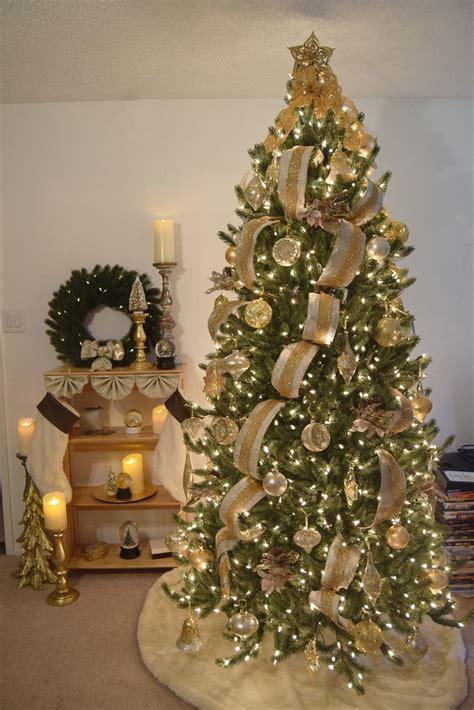 merry christmas  balsam hill balsam hill artificial christmas trees blog balsam hill
