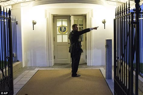 white house secrets pictures of omar j gonzalez charging into the white house with a knife released