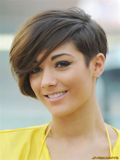 medium hairstyles for pregnant women good haircuts for pregnant women short haircuts ideas for