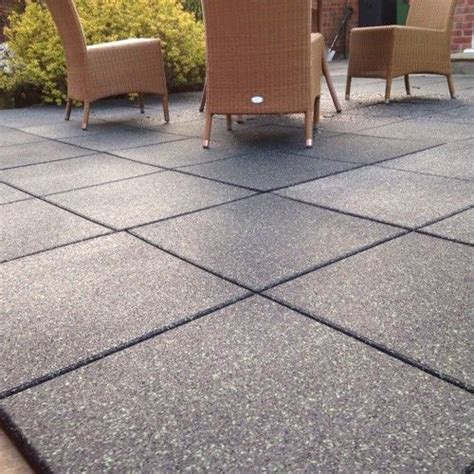 Patio Tile by 25 Best Ideas About Rubber Tiles On Rubber
