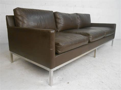Florence Leather Sofa Mid Century Modern Florence Knoll Style Leather Sofa For Sale At 1stdibs