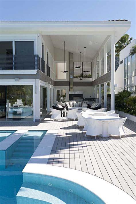 casa de praia integra  familia   mar casa vogue
