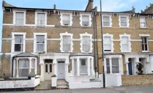 house prices in london are rising by £90 a day but flat or