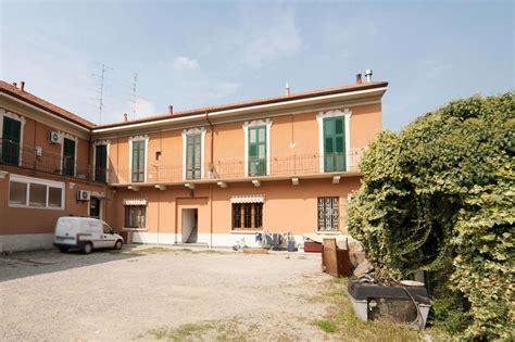 appartamento vendita terrazzo appartamento con terrazzo a castellanza cambiocasa it