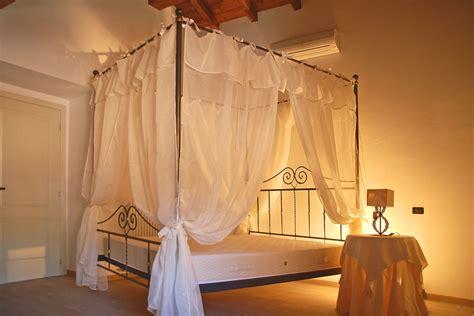 schlafzimmer romantisch schlafzimmer romantisch verspielt dekoration