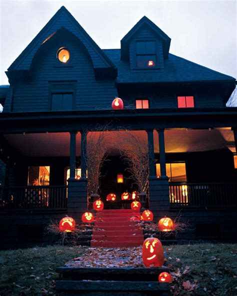 outdoor halloween decorations for your incredible halloween trellischicago outdoor halloween decorations martha stewart