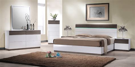modern king bedroom set soli modern king bedroom set
