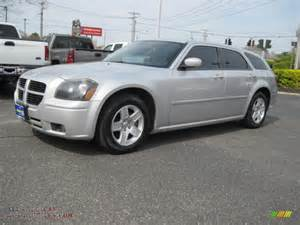 Dodge Magnum Sxt 2007 Dodge Magnum Sxt In Bright Silver Metallic 748640