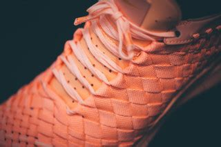 Nike Free 5 0 Inneva Moven nike releases two tropical colored versions of the free