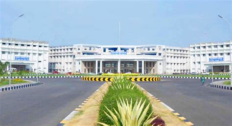 Mba Hospital Administration In Chennai by Chennai College Studyworldonline