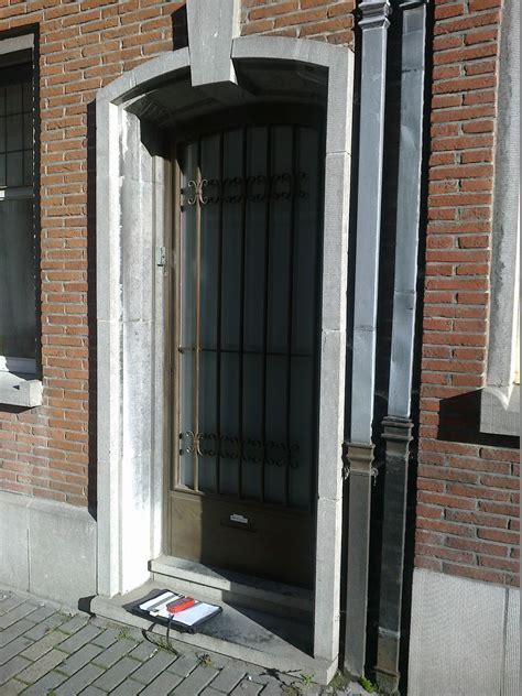 remplacement d une porte d entr 233 e slacard