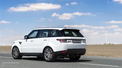 Land Rover Discovery Sport 2015 White Wallpaper