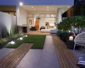 Small Contemporary Garden Design Ideas 25 Best Ideas About Small Garden Design On Small Gardens Modern Gardens And