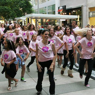 7 inspiring flash mobs for charity healthy living