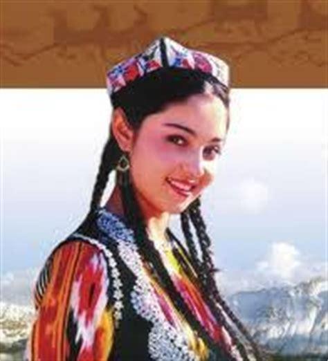 uzbek traditional clothing asia travel discoveries uzbek national clothes information about uzbekistan