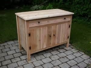 mobili per esterni in legno armadi da giardino mobili giardino