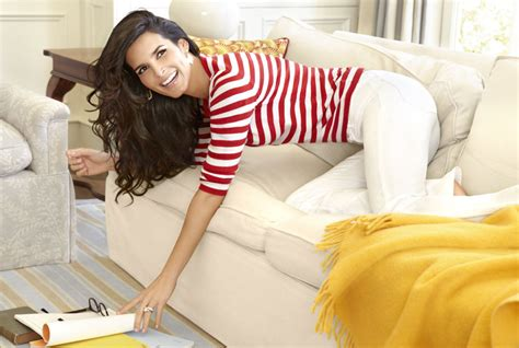 Bathroom Organizing Ideas by Angie Harmon Family Interview Angie Harmon On Husband
