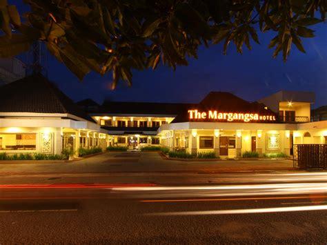 agoda hotel solo the margangsa hotel serengan solo surakarta