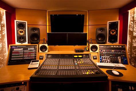 Stud Io | caverne studio studio