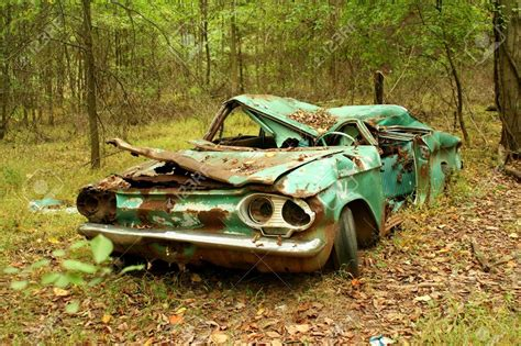 old rusty cars old abandoned cars in the woods 2016 haunted rusty autos