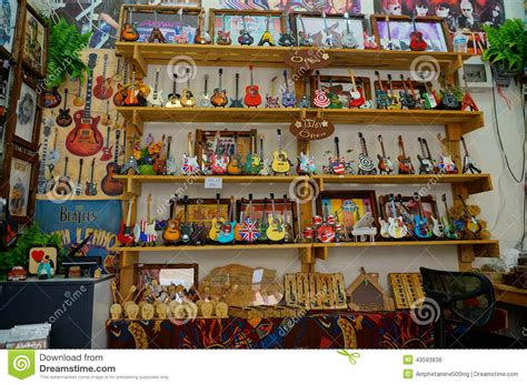 Selling Handmade Items In A Store - gift shop editorial photo image 43593836