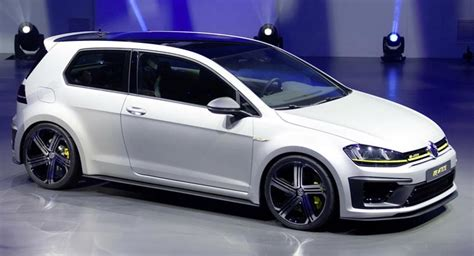 vw r400 vw executive confirms production golf r400 could 420ps
