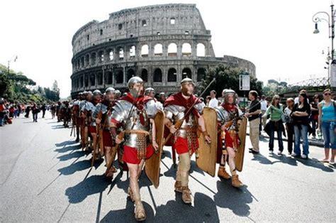 costo ingresso colosseo cicero in rome agosto 2013