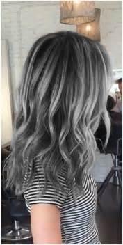 black lowlights in white gray hair pomysły na kolorowe włosy czyli szalone koloryzacje na