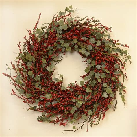 20 holiday wreaths to decorate your home in the kitchen