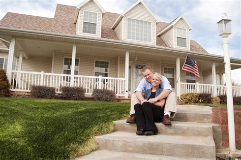 americans holding up home ownership realtybiznews