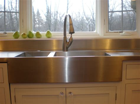 Farm Style Kitchen Sink Casa Belmeade Kitchen On Stainless Steel Countertops Corner Sink And Stainless