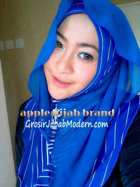 Jilbab Syari Biru jilbab syria hoodie cattalea biru grosir jilbab modern
