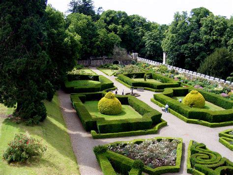 Www Garden Chillingham Castle Garden