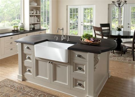 kitchen island trends top kitchen remodeling trends for 2014 2014