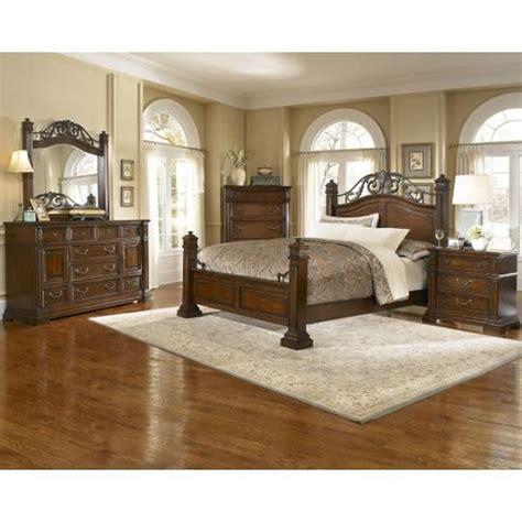 trestlewood 6 piece cal king bedroom set progressive 6 piece california king bedroom set bedroom