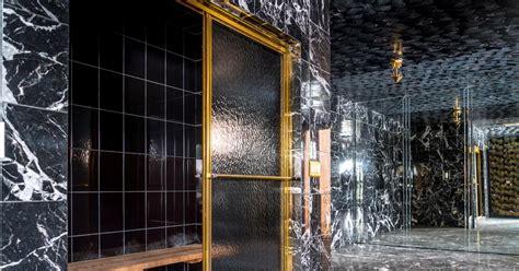 mike tyson gold bathtub mike tyson s bathroom photos inside look of mike tyson