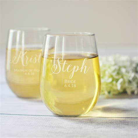 Wedding Glasses 15 15 wedding toasting glasses to say cheers in style