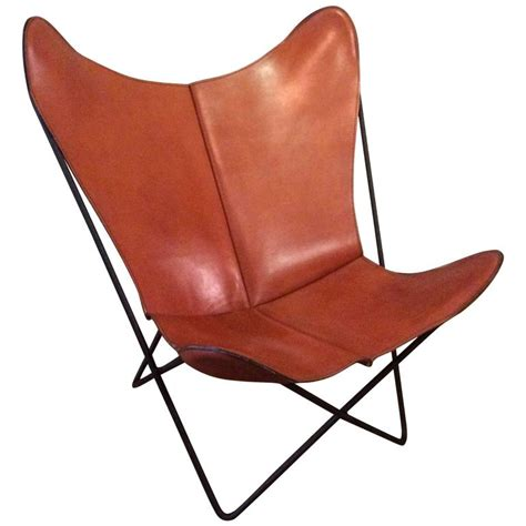 butterfly leather chair leather butterfly chair by jorge hardoy for knoll at 1stdibs